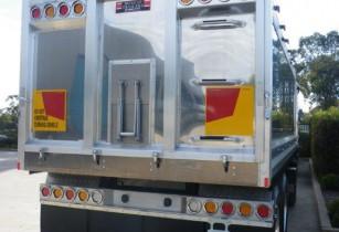 tailgate lights